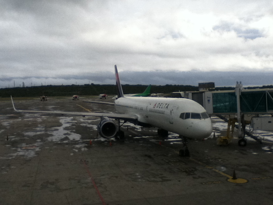 The Delta Airlines 757 that had a right-engine failure on the way back to Brasilia